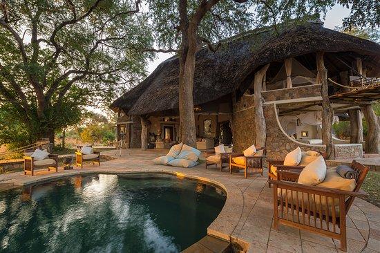 Luangwa Safari House1